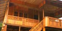 Rumah Kayu Khas Minahasa Desa Woloan
