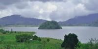 Pulau Kecil di Tengah Danau Moat Sulawesi